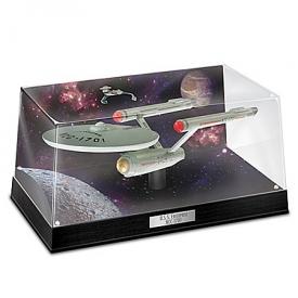 STAR TREK U.S.S. Enterprise NCC-1701 Illuminated Sculpture